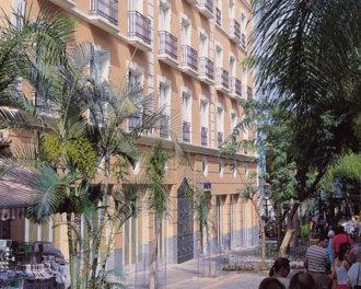 Vakantie Oranjestad met verblijf op een 5-sterren resort o.b.v. logies. Vliegreis met TUIfly.